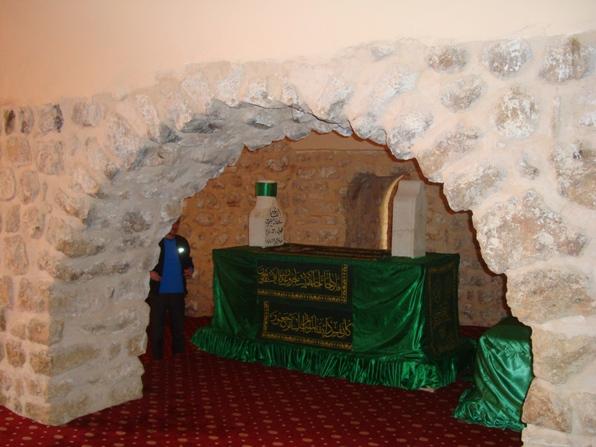 DSC01297  Fuad Yusufoğlu Sultan şeyh Musa (r.a.) mübarek türbeleri (Mardin) Musa bin Mahin el-Mardini ez-Züli