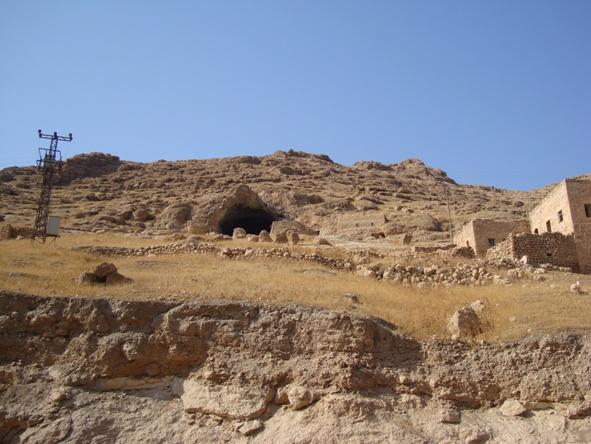 DSC05602   Fuad Yusufoğlu Hop köyü (Mağarası)